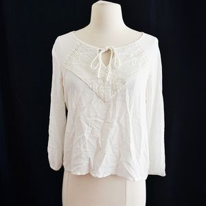 Tops - White Lace Front Tie Blouse Top Size M